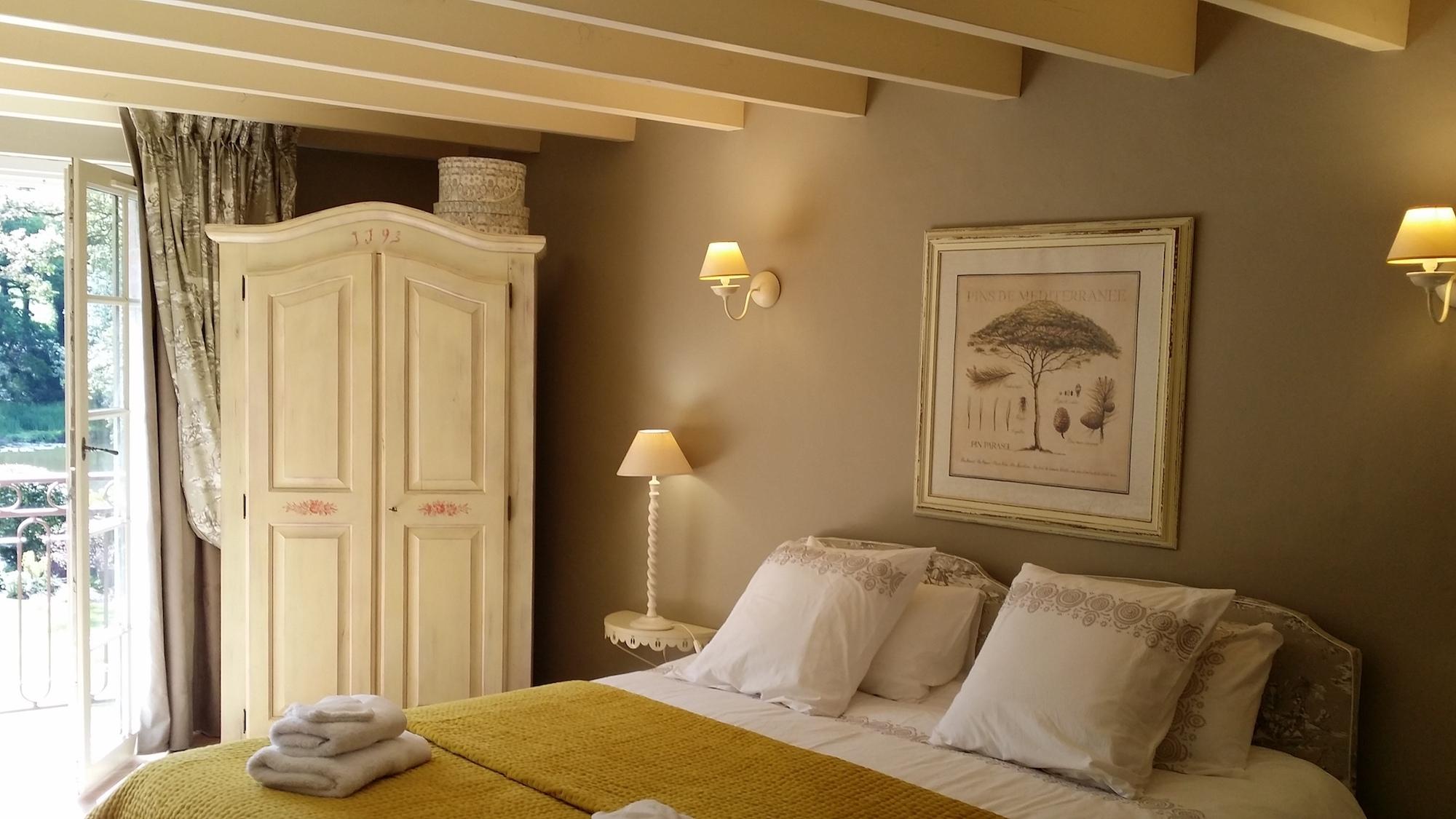 les chambres logis du grand moulin. Black Bedroom Furniture Sets. Home Design Ideas